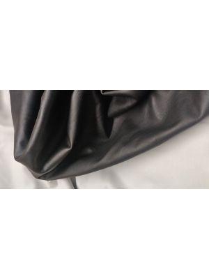poronnahka kasviparkittu musta